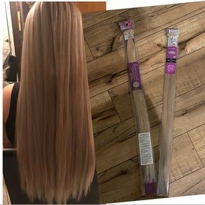 NWT 2- St Tropez 22 Inch Human Hair Extensions